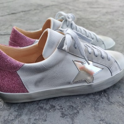 New In! New Now!  Nuevo Modelo mix plata y glitter rosa 💘  #coolthesackshoes #sneakerslover #madeinspain #sneakershoes #multibrandstores #shoppingnow #go