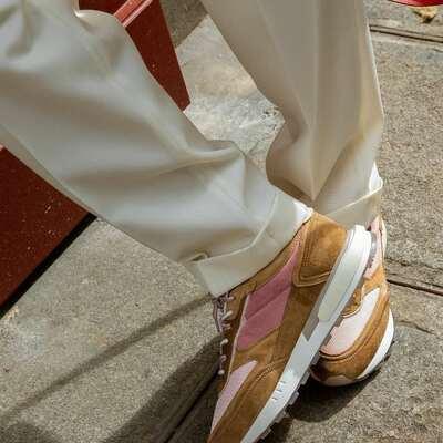 Las sneakers de moda HOFF 💛⭐️  #hoffburjkhalifa #hoffskylinecollection #hoff #hoffsneakers #hoffspain #hoffshoponline #hoffmadrid #sneakersinlove #hoffher #hoffshoes #multibrandstores #coolthesack