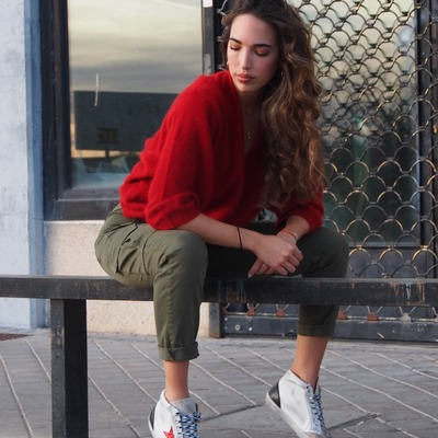 Total Look Cool ❤️ SNEAKERS COOL JERSEY MES DEMOISELLES PANTALON CARGO FIVE JEANS  #coolthesackshoes #sneakerslover #madeinspain #sneakershoes #multibrandstores #shoppingnow #go