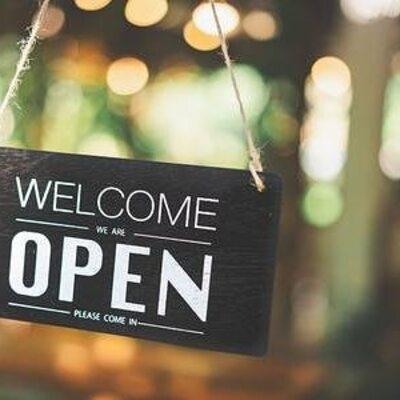 Todas nuestras tiendas fisicas estan abiertas cada domingo! ✔️  ABRIMOS LOS DOMINGOS PARA TI!   ✔️Cool the Sack Zielo Shopping abierto de 12:00 a 20:00 h ✔️Cool the Sack Castellana 200 abierto de 11:00 a 21:00 h ✔️Cool Sexta Avenida abierto de 11:00 a 15:00 ✔️Cool Lagasca 69 abierto de 11:30 a 15:30  Online 24 h Os esperamos en www.coolthesack.es  #coolthesack #abrimoslosdomingos #coolthesackonlineshop #summersales #madridmultibrandstore #opensundays #rebajas #sales #news